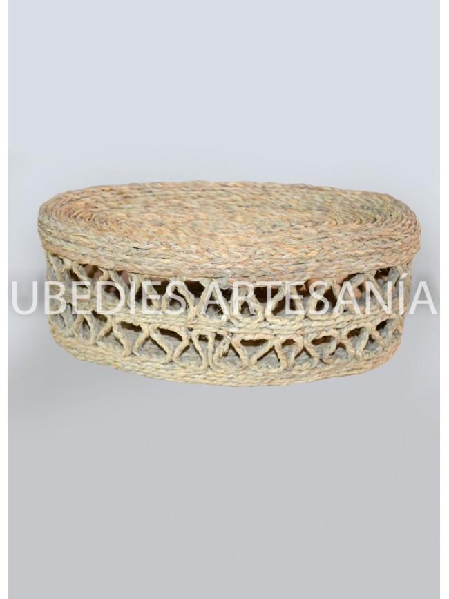 Talega with a lid.