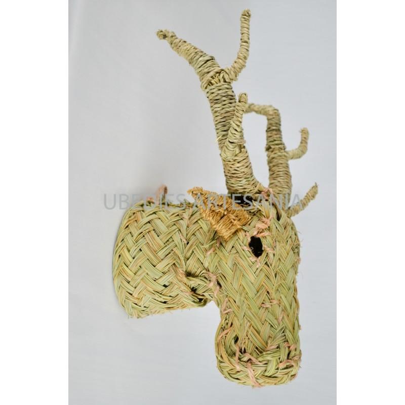 Cabeza de ciervo ubed es artesan a con esparto for Cabeza de ciervo