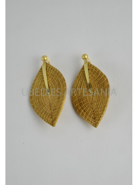 Leaf earrings.